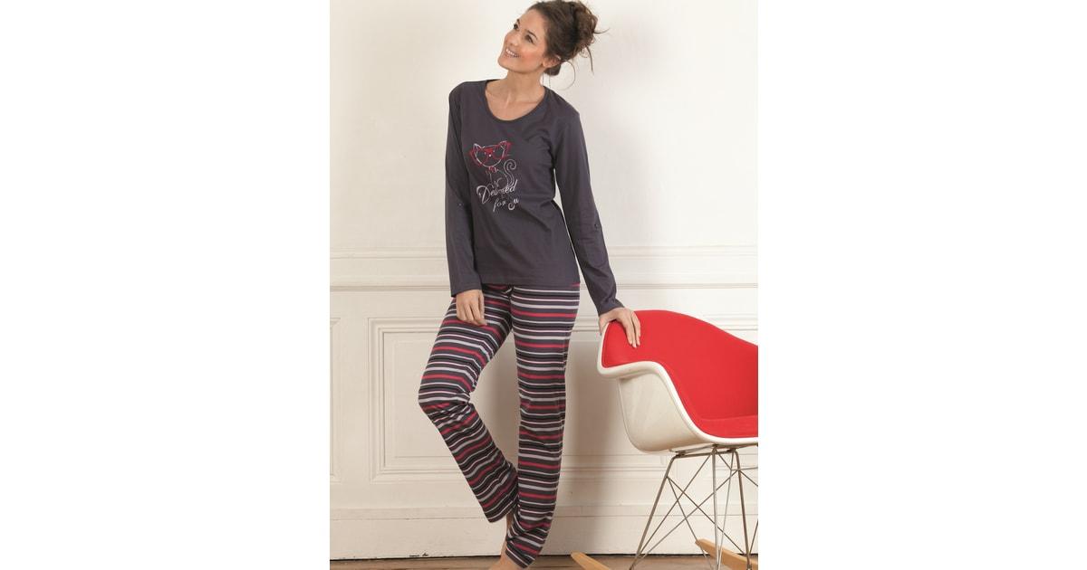 2106a0a7e5d1 Dámské pyžamo CTM STYLE Designed fialové
