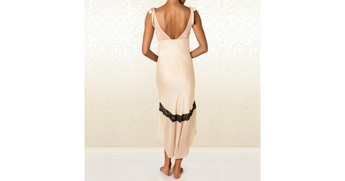 Luxusní noční košile Britney Spears Intimate Amaryllis  6ba155588f